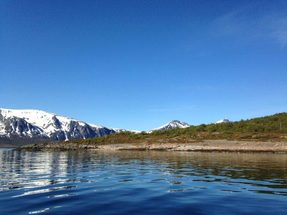 Fra sjøsiden med vakre omgivelser. Foto: Anne Karine Sandemo Troms fylkeskommune
