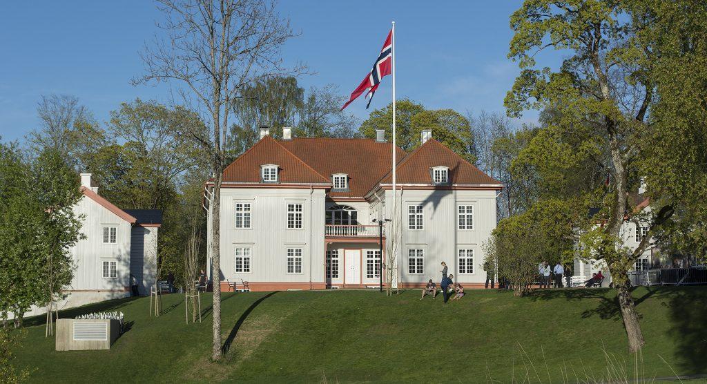 Eidsvollsbygningen. Foto: Dagfinn Rasmussen / Riksantikvaren