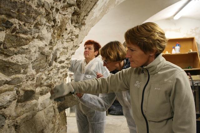 Murerworkshop i Estland. Foto: Ellen Mauritzen / Riksantikvaren.