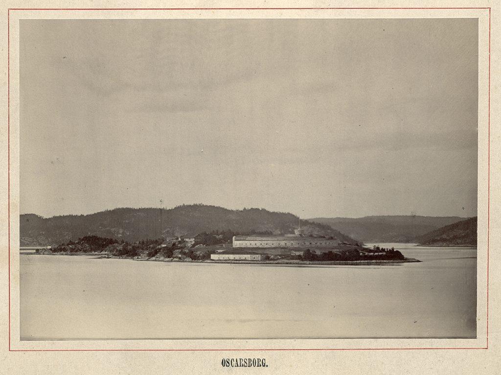 Oscarsborg festning foto tatt av kommandant på Oscarsborg Henrik Sigvard Scheel ca 1870-1890.