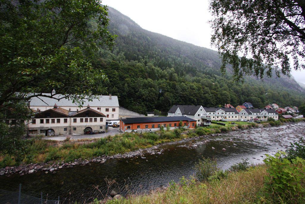 Fjøset og fjøsgårdene på Rjukan. Foto: Eystein M. Andersen©Riksantikvaren