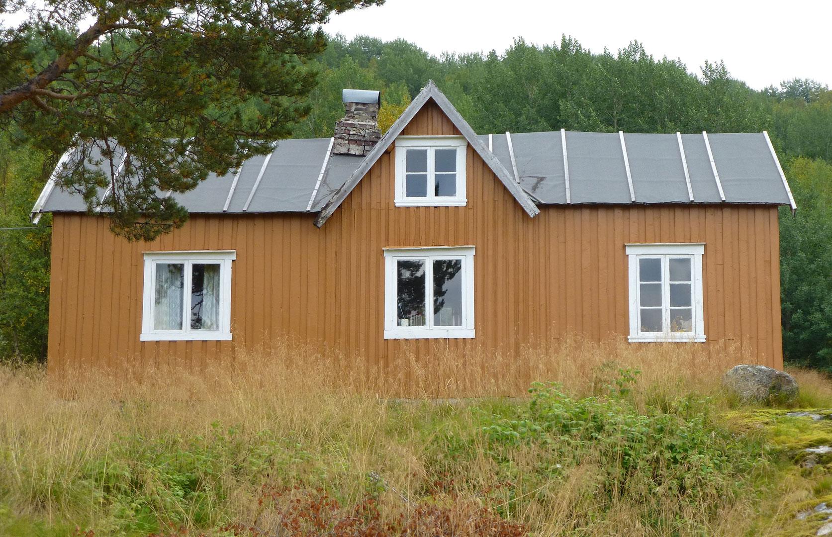 Våningshuset på gården Tuva på Hamarøy i Nordland