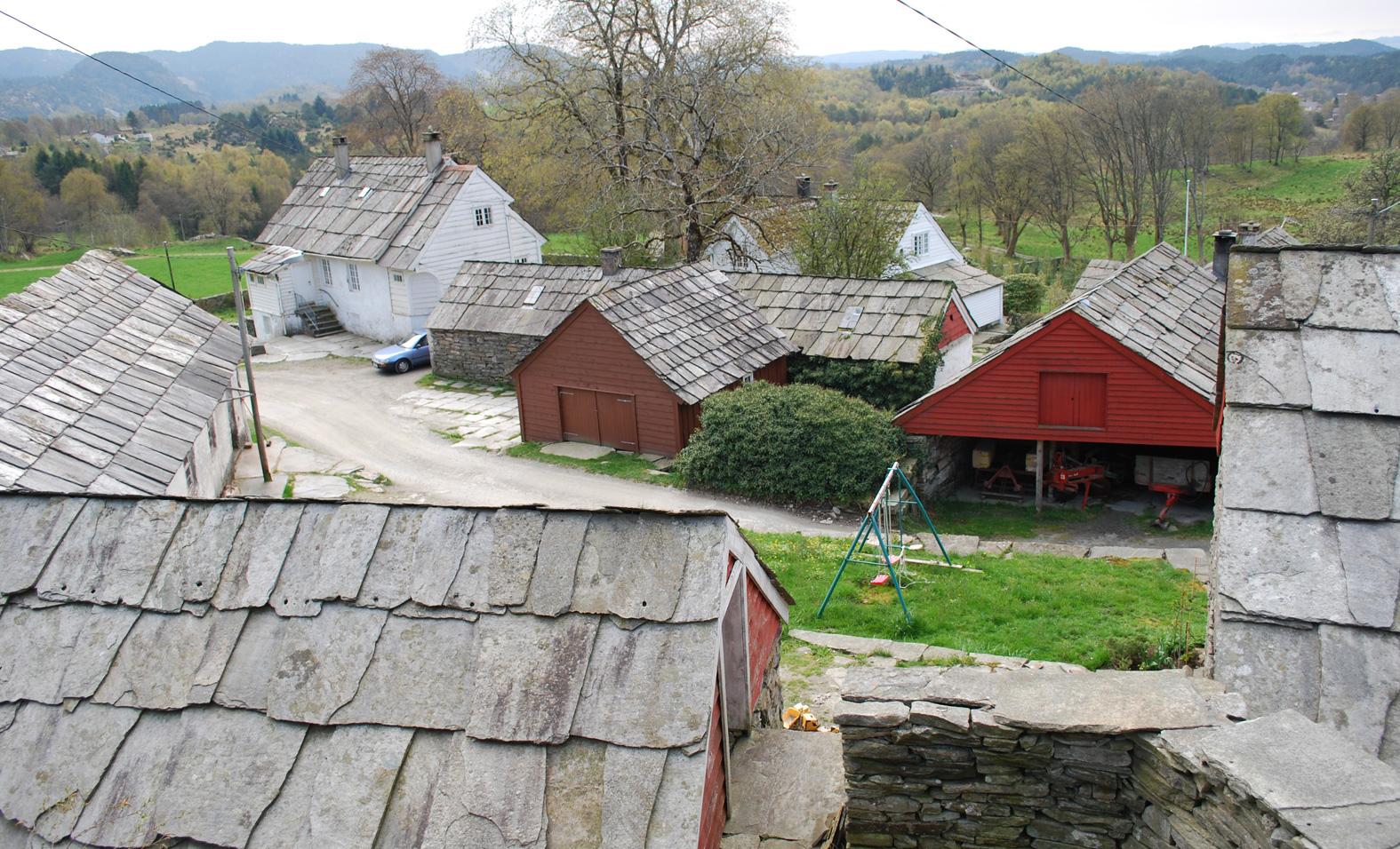 Bildet er fra Einstadbøvoll gard i Sveio. Foto er lånt fra Sveio Kommune