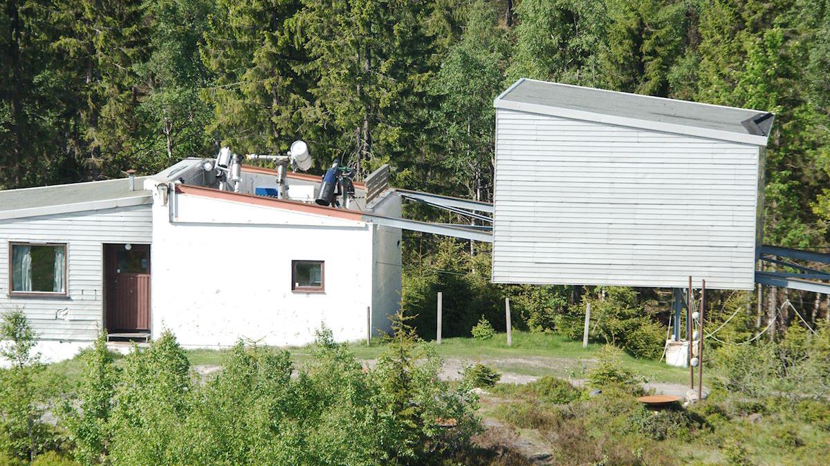 Bilde av Kikkerthuset ved Solobservatoriet. Foto: Tycho Brahe Instituttet