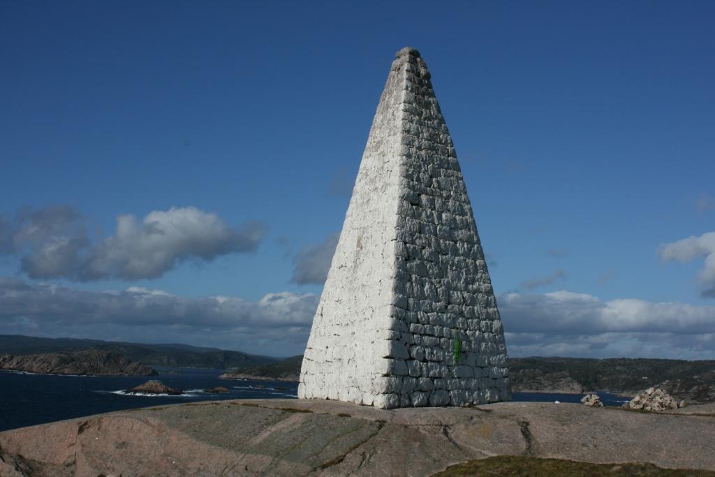 Bilde av Ryvingen varde i Mandal, Vest-Agder. Foto: Riksantikvaren