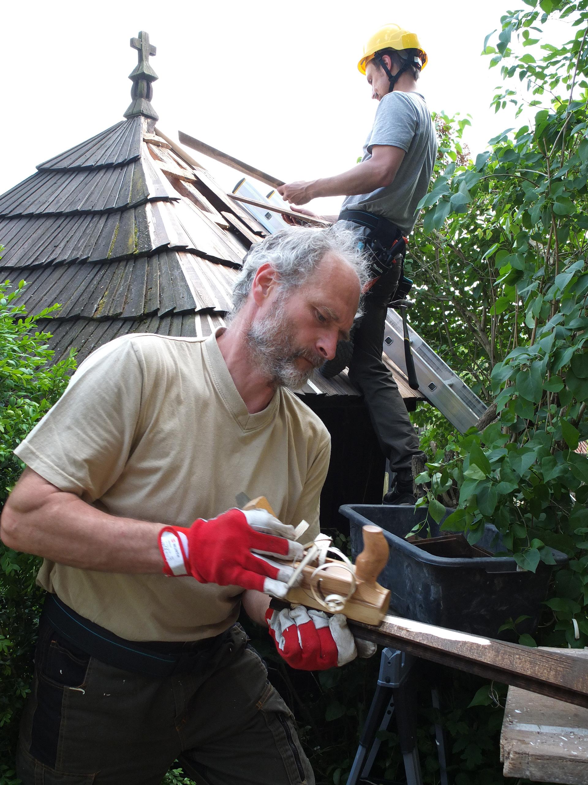 Bildet viser et av teamene i arbeid. Foto: Harald Ibenholt, Riksantikvaren