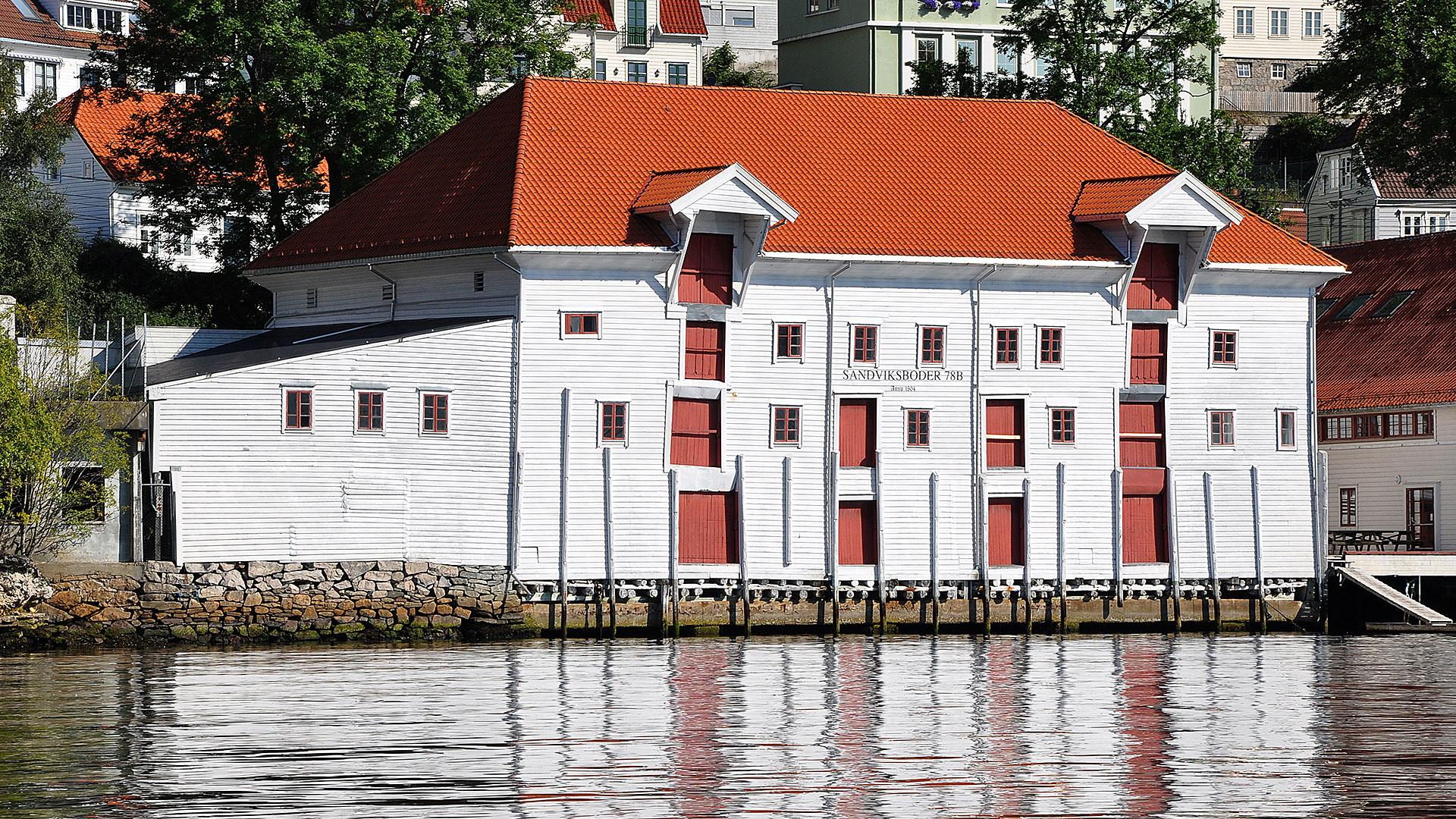 Bilde av Sandviksbodene 78 B i Bergen. Foto: Hordaland fylkeskommune, Kultur- og idrettsavdelinga.