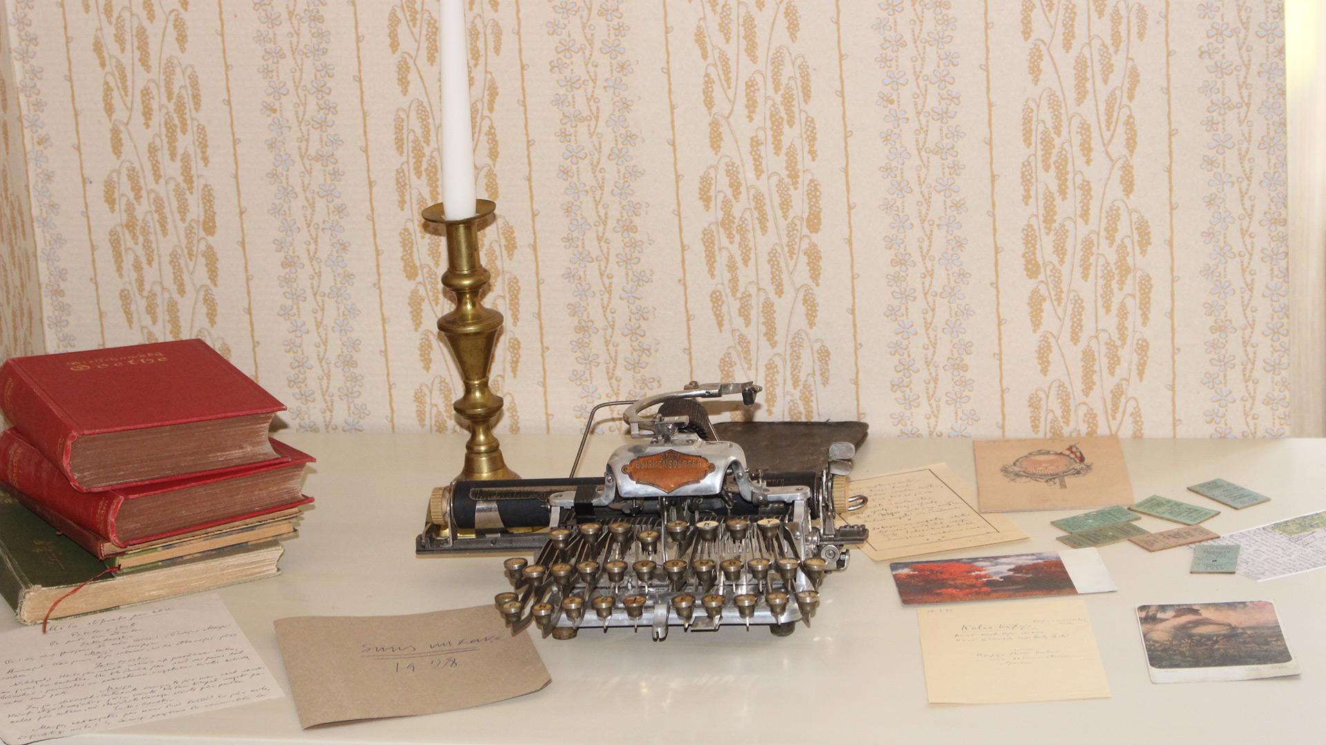 Bilde av Skrivebordet Til Rainis. Foto: Anja Heie, Riksantikvaren