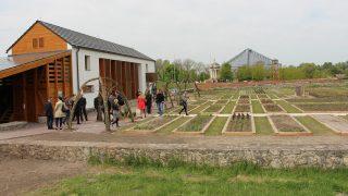 Bilde av urtehage og urtehus. Foto: Anja Heie, Riksantikvaren