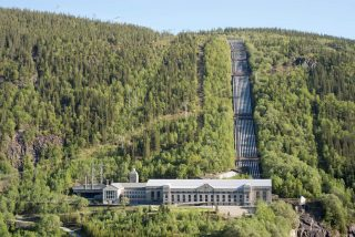 Flyfoto av Vemork kraftstasjon, Rjukan i Telemark. Foto er tatt av Per Berntsen