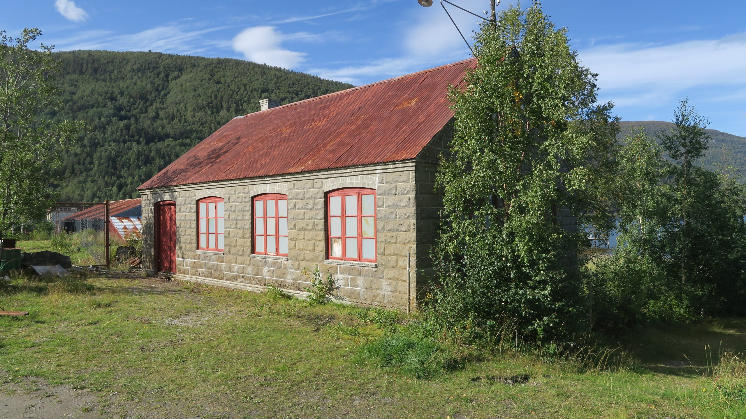 bilde av Haagensenverkstedet i Rognan i Nordland. Foto: Ståle Arfeldt Bergås, Riksantikvaren