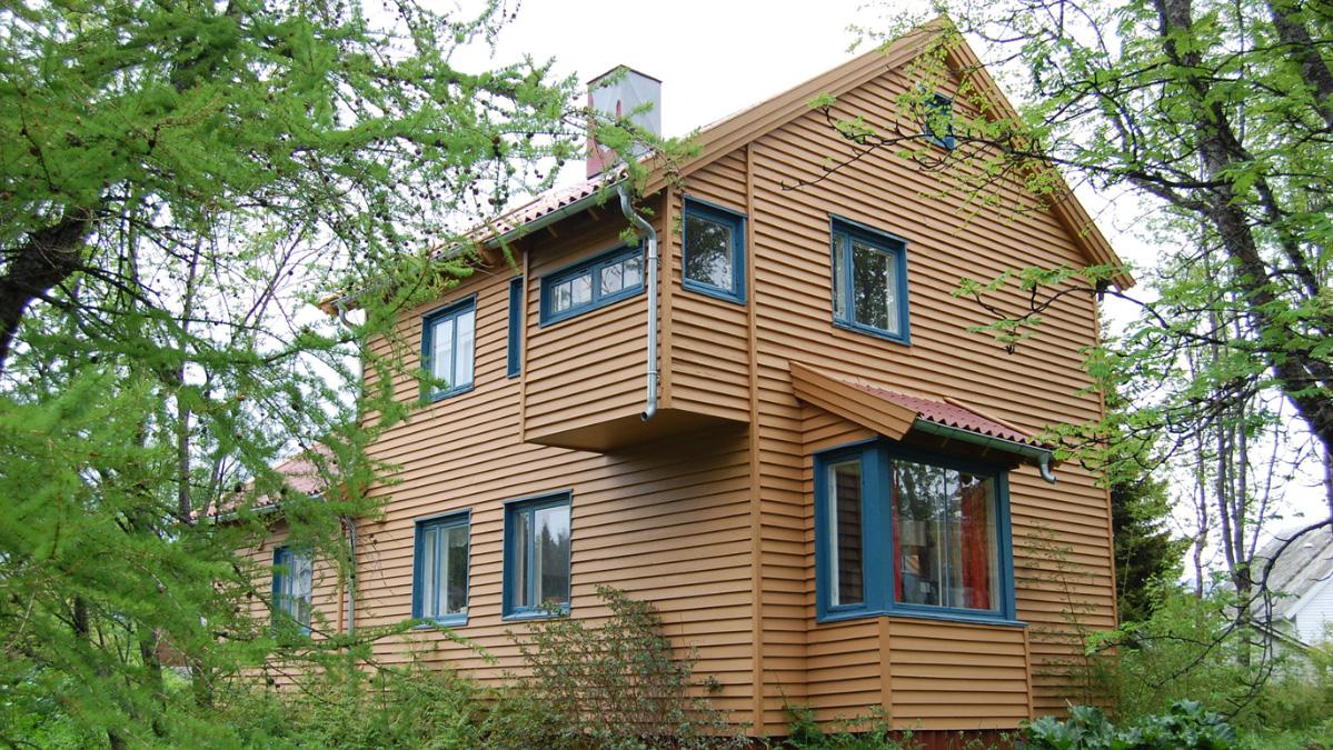 Bilde av Kirsten Sands hus, Mellomvegen 130 i Tromsø. Foto er lånt fra Troms fylkeskommune
