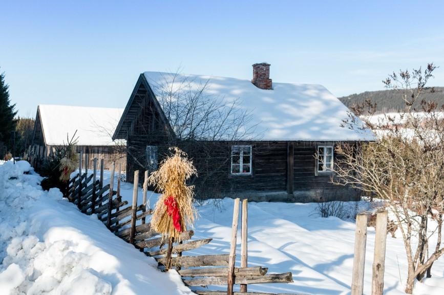Bilde av Husmannsplassen Prøysen på Rudshøgda i Ringsaker. Foto: Prøysenhuset
