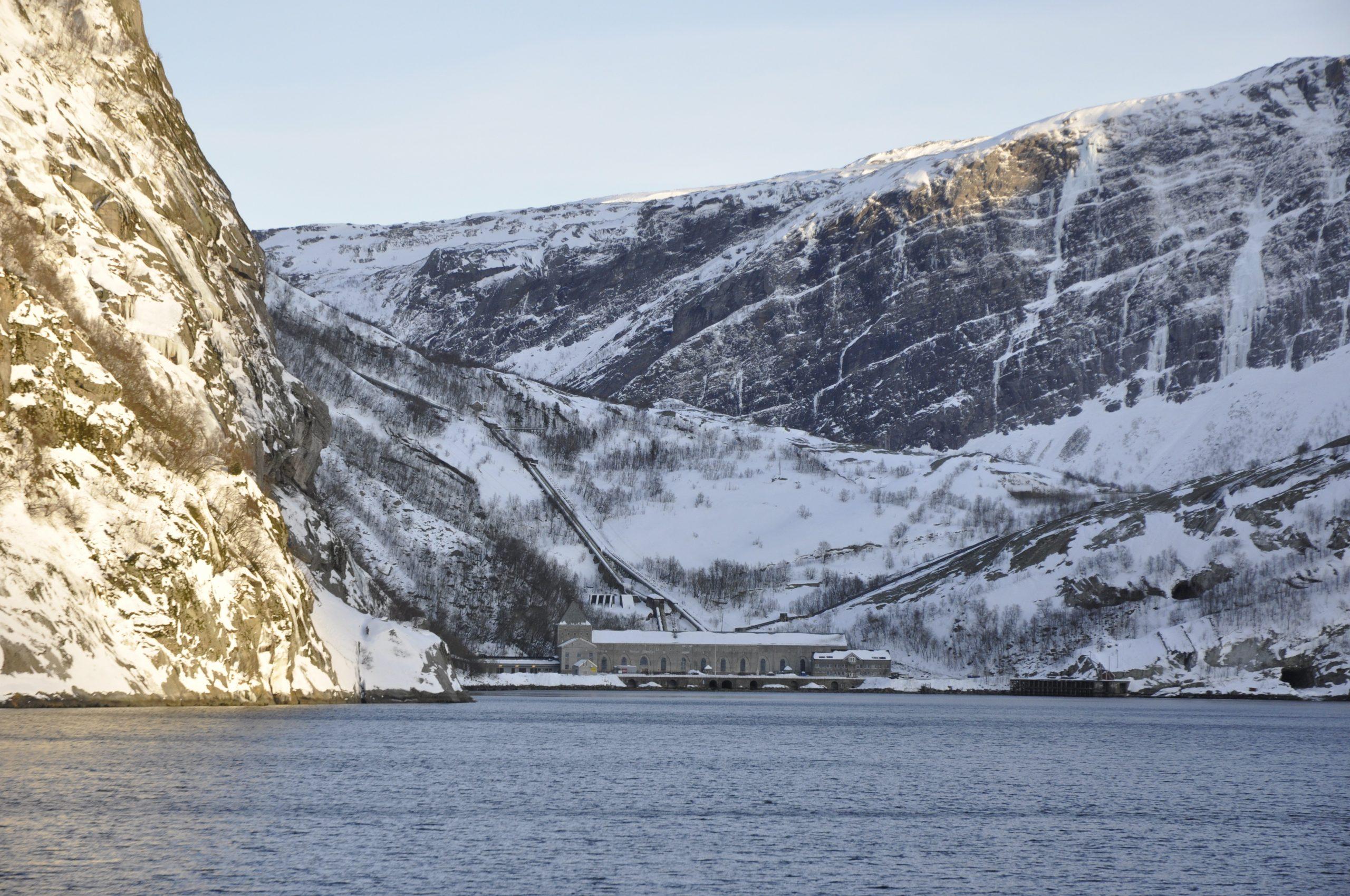 Glomfjord kraftverk vinter