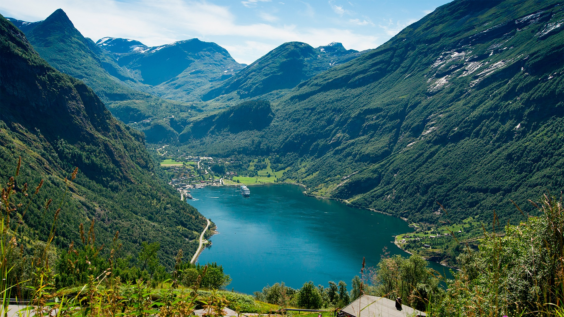 Photo of Geirangerfjord. Geirangerfjord is part of the West Norwegian Fjords area, which is inscribed on the UNESCO World Heritage List. Photo by Ludovic Peron, (CCBY-SA) via Wikimedia Commons