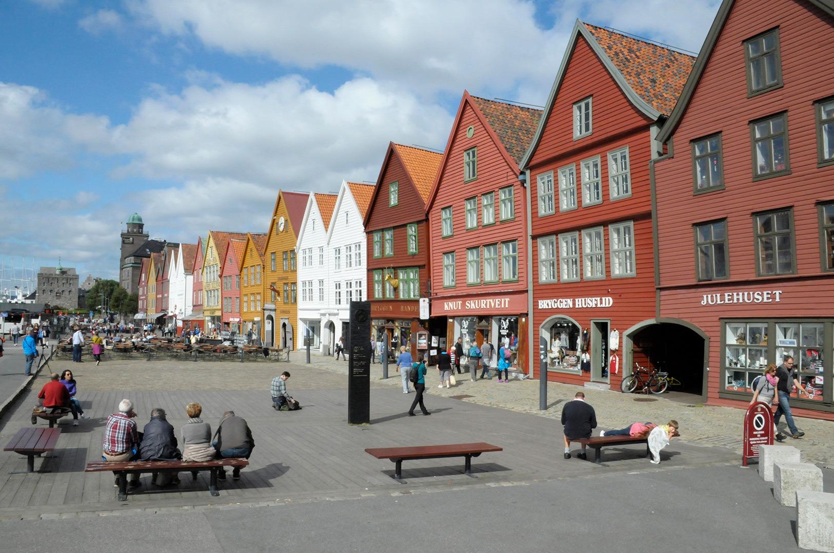 Summer on Bryggen in Bergen. Bryggen in Bergen is one of the Norwegian sites inscribed on the UNESCO World Heritage List. Photo: Anders Amlo, the directorate for Cultural Heritage