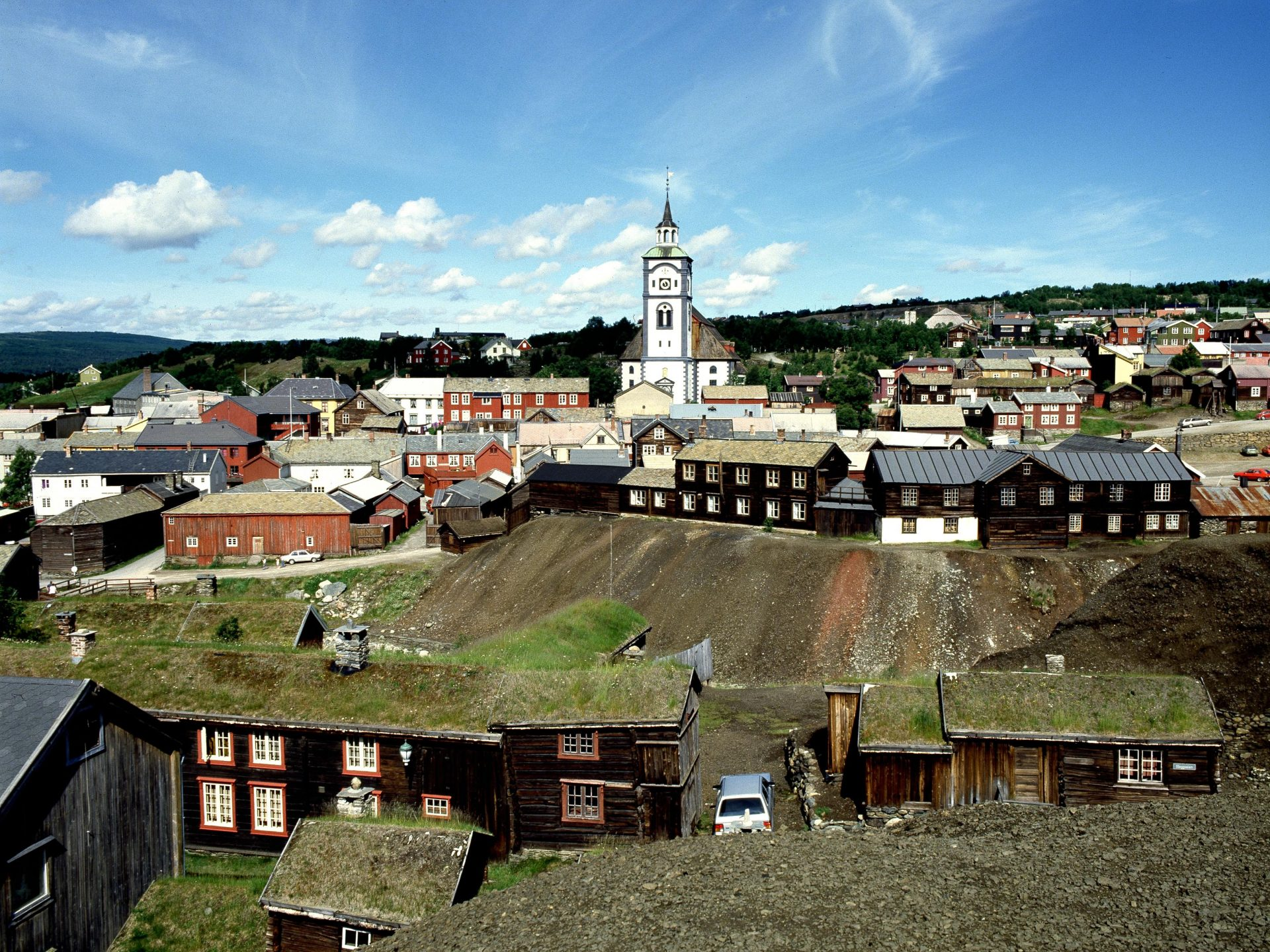 Overview. Røros town centre. Photo: Arve Kjersheim, the Directorate for Cultural Heritage